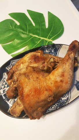 骨付き鶏もも肉ガーリック♪オーブンで簡単