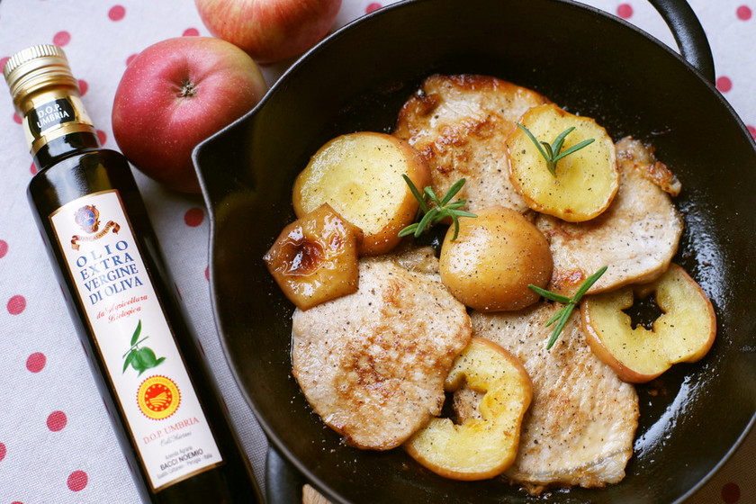 りんごと豚肉のオリーブオイルソテー️❄️