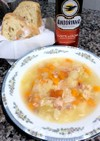 圧力鍋一つで、鶏とベーコンの野菜スープ