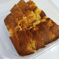 レンジのりんご煮パウンドケーキ