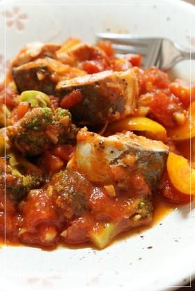 サバ缶で♡トマトと野菜の煮込み