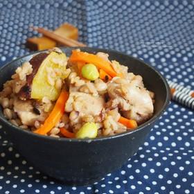 薩摩芋と鶏肉の炊き込みご飯