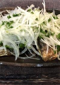 塩サバと玉ねぎでごちそうサラダ