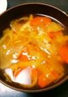 白菜と人参と大根の味噌汁