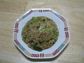レタスチャーハン(ひき肉と玉ねぎ)