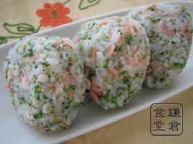 行楽のおとも・お弁当に✿桜海老のおにぎり