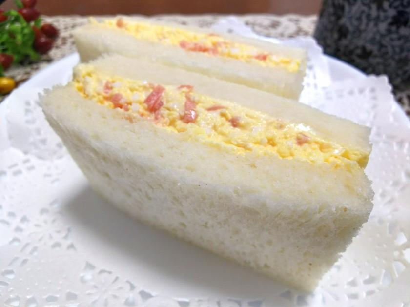 紅生姜入りたまごサンドイッチ