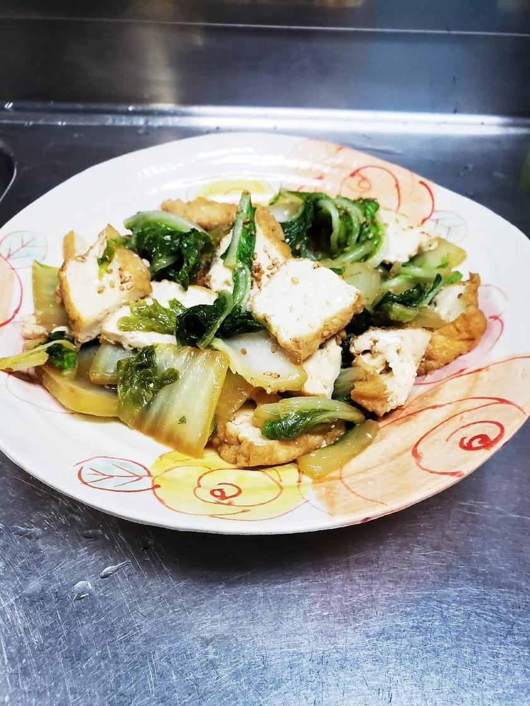 白菜と厚揚げの炒め物