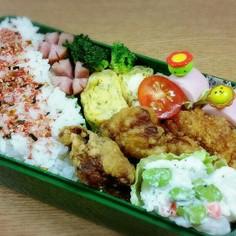 お弁当に紅生姜と青海苔の卵焼き