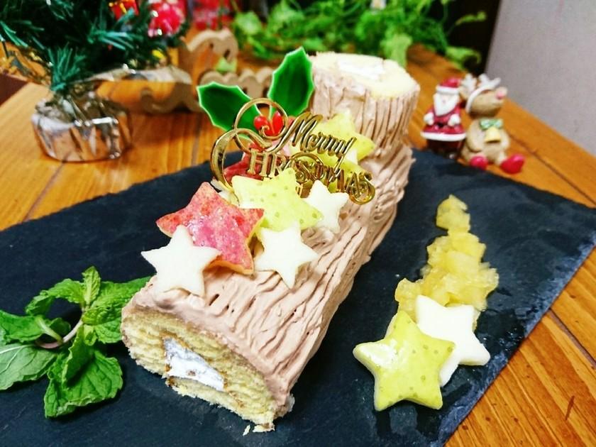 市販のロールケーキで簡単ブッシュドノエル