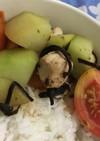 ハヤト瓜とトマトのササミ塩昆布丼