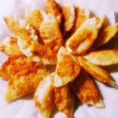 揚げ餃子風ウインナーチーズ巻き