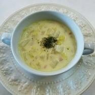 白菜 ベーコン 玉葱の豆乳スープ