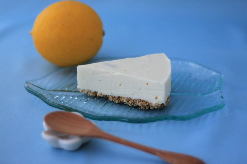 ママヤのレモンジャムdeレアチーズケーキ