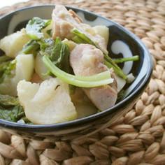 小蕪・鶏モモ肉の白ワイン仕立て炒め煮