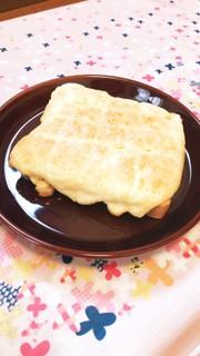 バター無し!HMで簡単メロンパントーストの写真