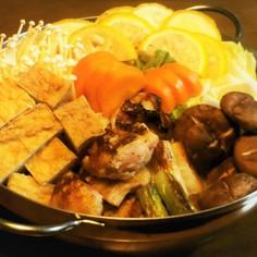 鶏肉と白菜と厚揚げの柚子白味噌鍋