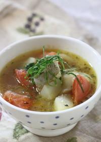 鱈とトマトの大葉茶スープ