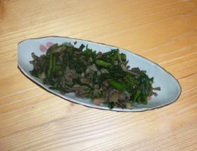 菜の花いっぱい♪きのこと豚肉の炒め物
