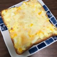 簡単☆ゆで卵トースト♡