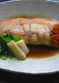 ナメタガレイの煮魚