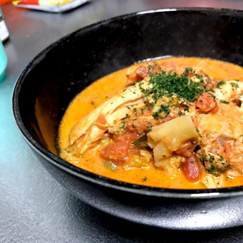 炊飯器料理☆鶏もも肉のトマトクリーム煮