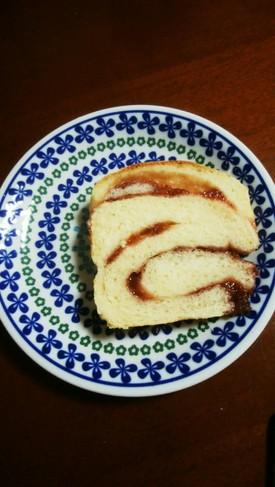 ジャムで折込パン