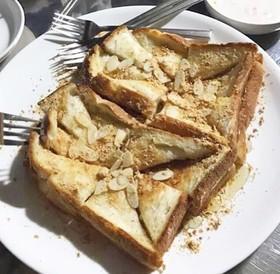 韓国きなこトースト インジョルミトースト