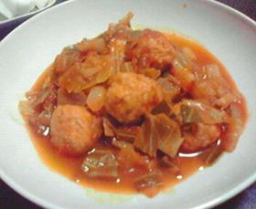 サルサソースで野菜と肉団子のトマト煮