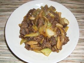 春キャベツと牛肉の炒め物