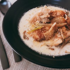 鶏肉ときのこの和風具沢山スープ