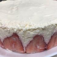 いちごたっぷり☆レアチーズケーキ