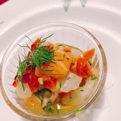 ラビゴットソースで野菜たっぷりお魚サラダ