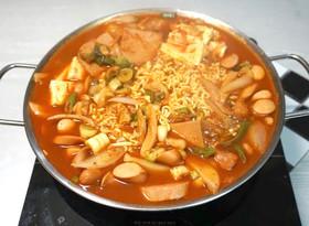 """韓国で習った本場の韓国料理""""プデチゲ"""""""