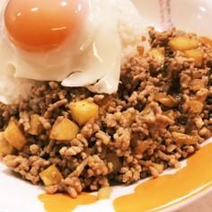 ミンチィ(マカオ料理)
