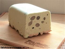簡単★黒豆と抹茶のアイスチーズケーキ