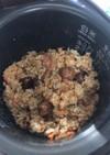 焼き鳥缶で作るモチモチ炊き込みご飯