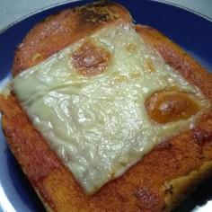 ピザソース不要!簡単ピザトースト