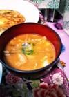 こぼうと油揚げとお豆腐の味噌汁