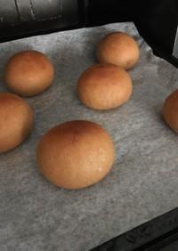 富澤商店のふすまパン。手ごね