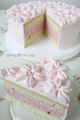 苺ムースデコレーションケーキ