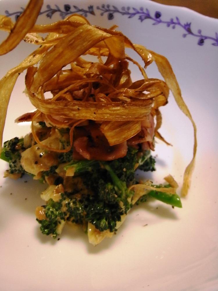 納豆とブロッコリーのサラダ