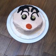 クレヨンしんちゃんキャラケーキ立体ケーキ