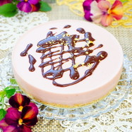 簡単【苺のレアチーズケーキ】