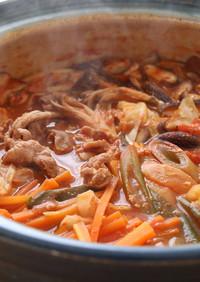 身体の芯まで温まる♪トマト味噌鍋