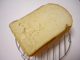 メイプル香るふんわ〜り食パン