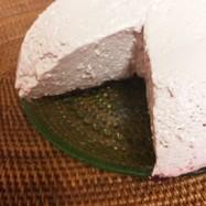 山ぶどうのレアチーズケーキ