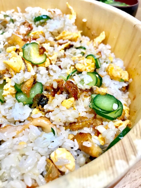 うなぎと卵と胡瓜の混ぜ寿司