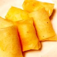 ミニサイズのポテトチーズ春巻き