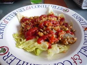 レタスとひき肉のケチャップ炒め